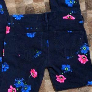 Hollister Pants - Hollister Printed Pants